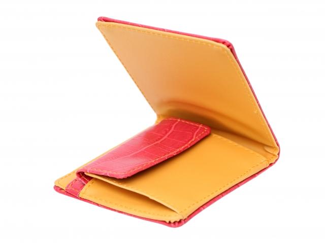 メンズの二つ折り財布